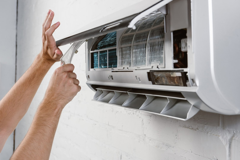 Air-Conditioning-Repair-Springwood-Img